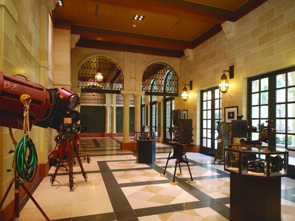 Usc School Of Cinematic Arts Is A California Style Cast